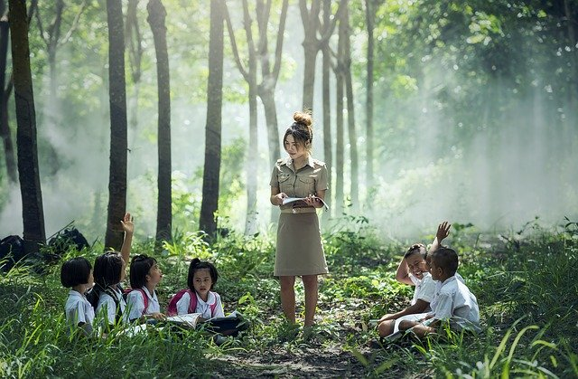 Developing Mindfulness in Schools