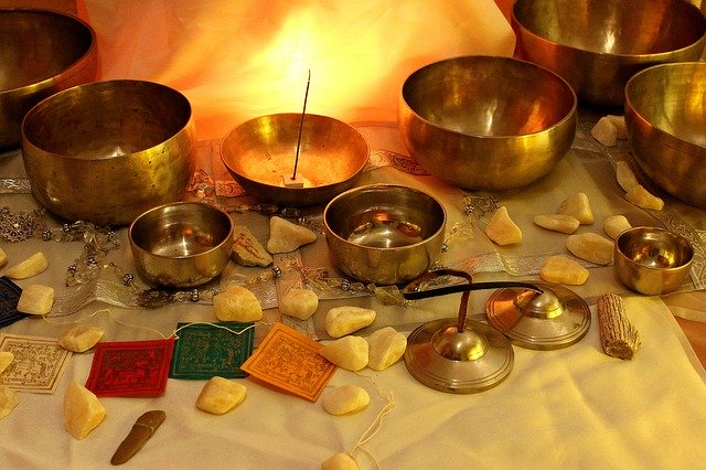 Using Singing Bowls in Meditation