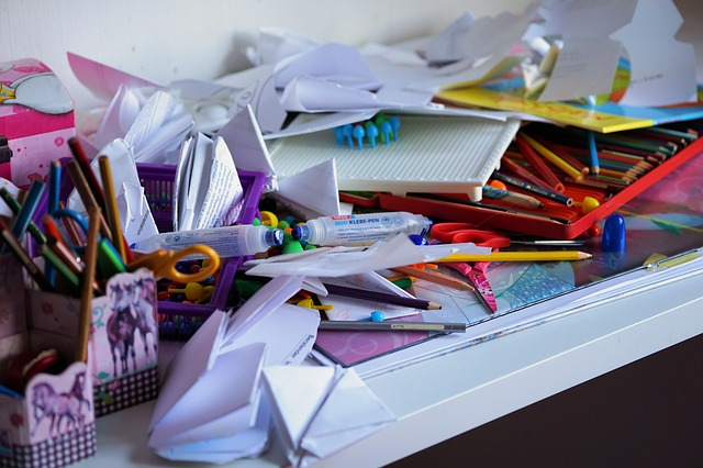 Clear the Clutter, Make Room for Love in Your Life